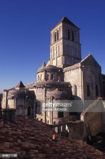 église romane Saint-Pierre de Chauvigny, dans la Vienne, France.