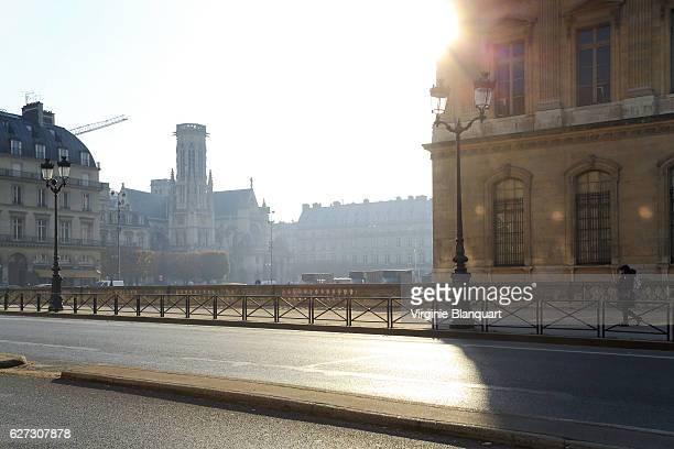 Église (Church) Saint-Germain-l'Auxerrois de (of) Paris and the Louvre in morning light