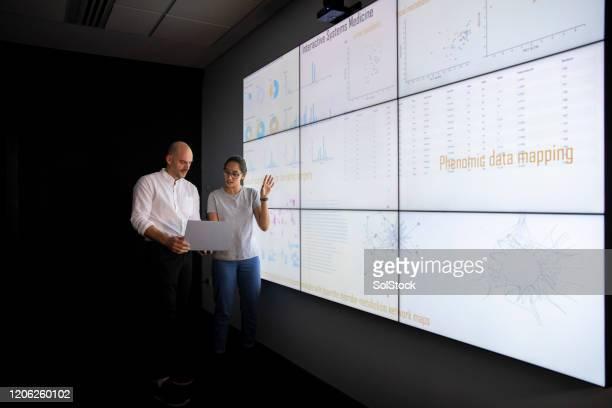 グローバル・ビジネス・ファイナンスと投資 - データマイニング ストックフォトと画像