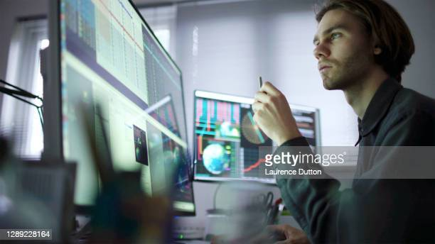 global business research - stock market stock pictures, royalty-free photos & images