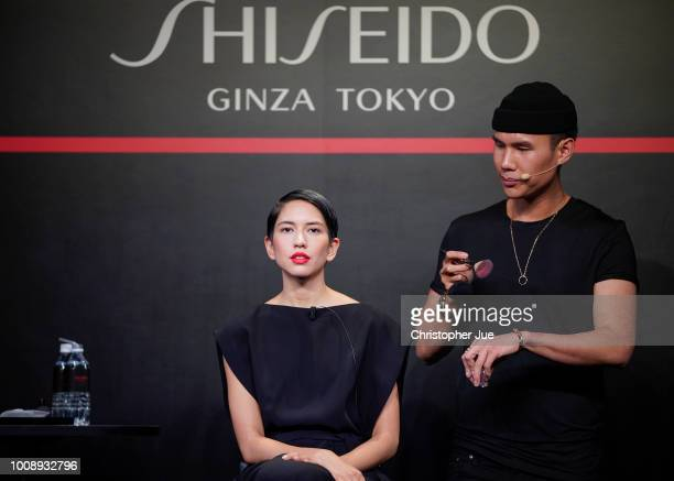 Global Color Artist Patrick Ta creates a makeup look on model Sonoya Mizuno during Shiseido Masterclass with Patrick Ta on August 1 2018 in Tokyo...