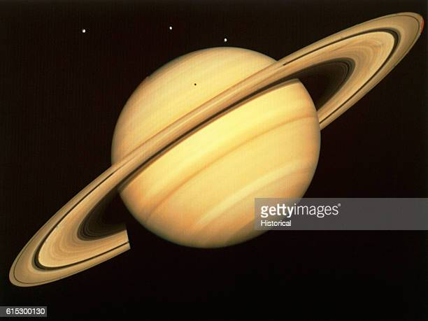 A global view of Saturn and its rings taken by one of the Voyager probes | Location Saturn