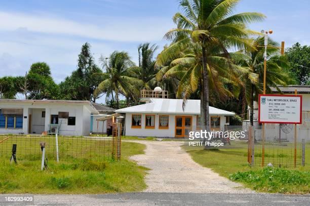 Islands Tuvalu Soon Sunken Le réchauffement climatique entraîne la montée des océans Les îles Tuvalu seront le premier Etat englouti Ici la station...