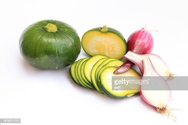 globe squash - zucchini and red onions - pejft stock pictures, royalty-free photos & images