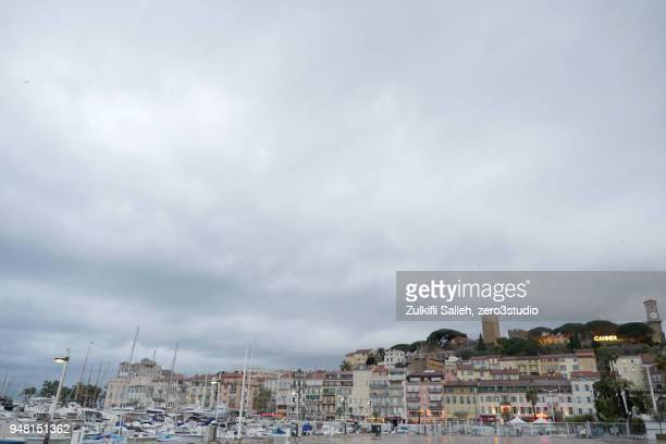 Gloomy Day in Cannes (wideshot)