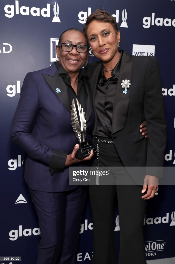 Gloria Carter, recipient of a Special Recognition Award, and Robin Roberts attend the 29th Annual GLAAD Media Awards at The Hilton Midtown on May 5, 2018 in New York City.