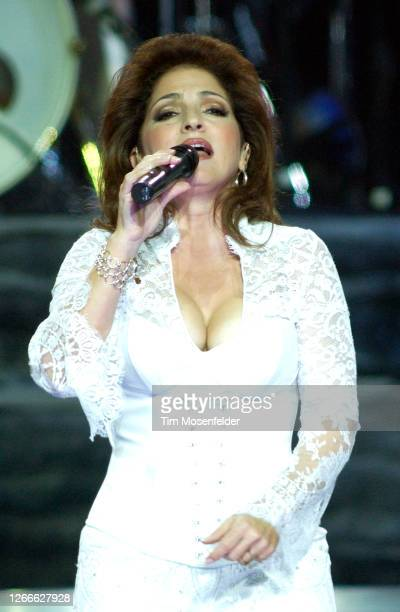 Gloria Estafan performs at HP Pavilion on August 21, 2004 in San Jose, California.