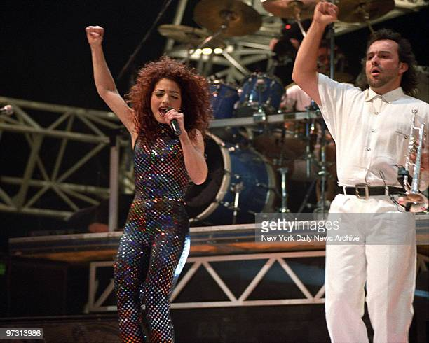 Gloria Estefan and Miami SOund Machine revved up in Madison Square Garden as they ended their national tour