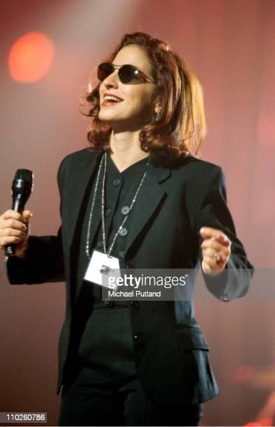 Gloria Estefan performs on stage London 1995