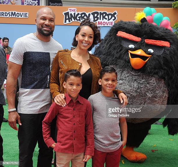 Gloria Govan Derek Fisher children Carter Kelly Barnes and Isaiah Michael Barnes arrives at the premiere of Sony Pictures' The Angry Birds Movie at...