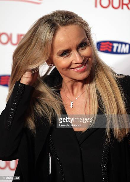 Gloria Guida attends 'The Tourist' premiere at The Space Cinema on December 15, 2010 in Rome, Italy.