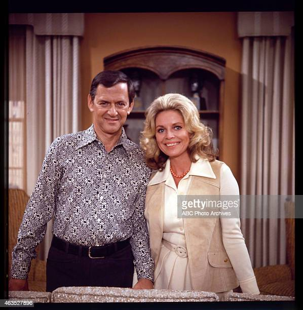 COUPLE Gloria Moves In Airdate September 14 1973 TONY