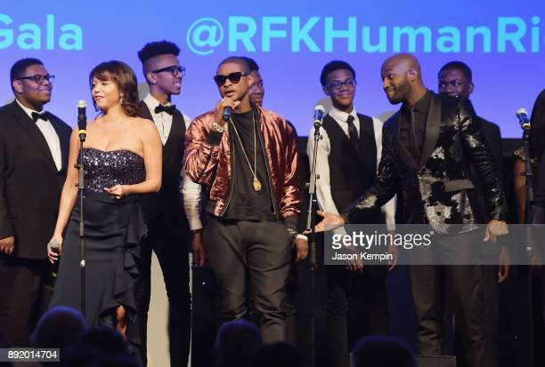 Gloria Reuben and Usher perform onstage during Robert F Kennedy Human Rights Hosts Annual Ripple Of Hope Awards Dinner on December 13 2017 in New...