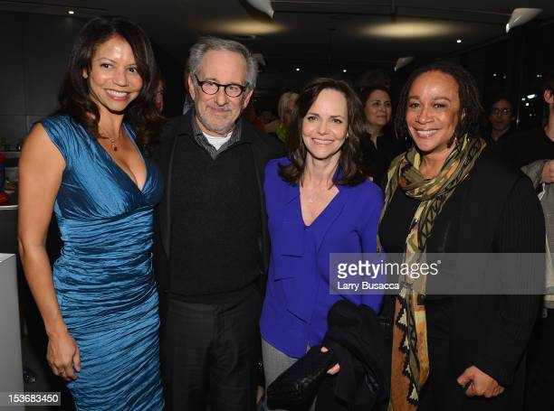 Gloria Reuben Director Steven Spielberg Sally Field and S Epatha Merkerson attend NYFF 50th Anniversary surprise screening of Lincoln at Alice Tully...