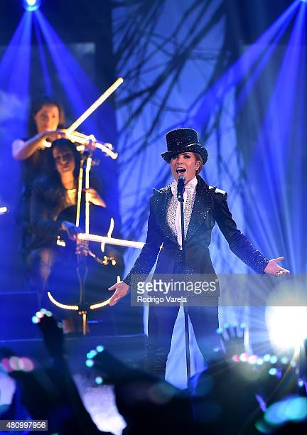 Gloria Trevi performs onstage at Univision's Premios Juventud 2015 at Bank United Center on July 16 2015 in Miami Florida