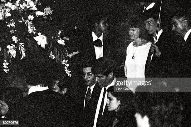 Gloria Vanderbilt and youngest son Anderson Cooper