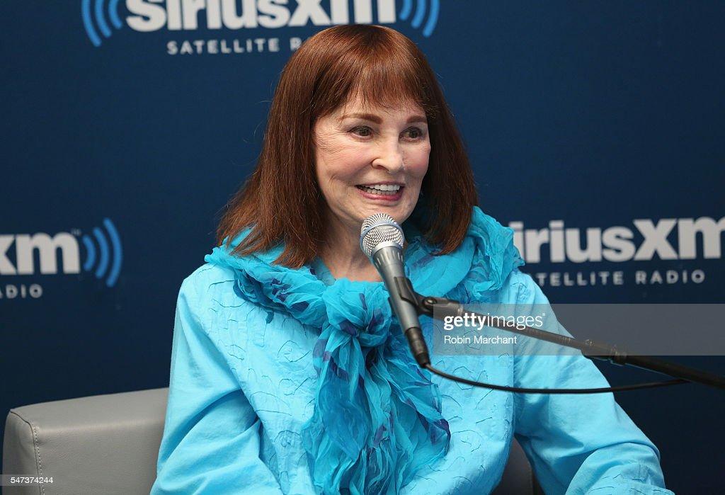 SiriusXM's 'Town Hall' With Gloria Vanderbilt; Town Hall To Air On Radio Andy : News Photo