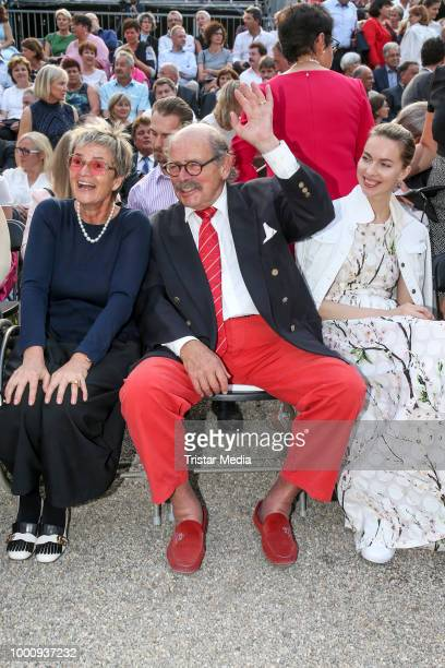 Gloria von Thurn und Taxis Johannes von SchoenburgGlauchau and Russian actress Svetlana Dryga during the 'Best Of Swing' Concert at the Thurn Taxis...