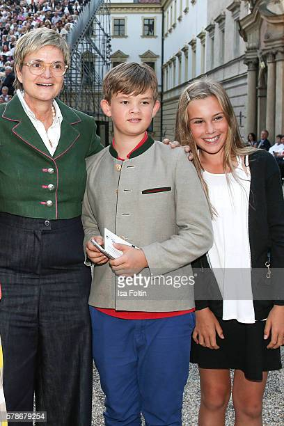 Gloria von Thurn und Taxis with her nephew Benedikt von SchoenburgGlauchau and her niece Carlotta Hipp attend the Tom Jones Concert during the Thurn...