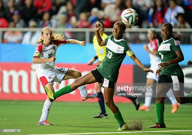 Gloriana Villalobos of Costa Rica shoots at goal during the FIFA U17 Women's World Cup Group A match between Zambia and Costa Rica at Ricardo...