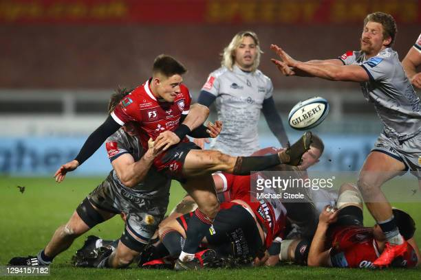 Gloucester scrum half Steve Varney clears under pressure from Tom Curry and Robert du Preez of Sale during the Gallagher Premiership Rugby match...