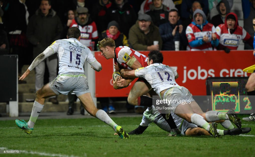 Gloucester wing Ollie Thorley goes over to score the first Gloucester try during the Aviva Premiership match between Gloucester Rugby and Saracens at Kingsholm Stadium on November 17, 2017 in Gloucester, England.