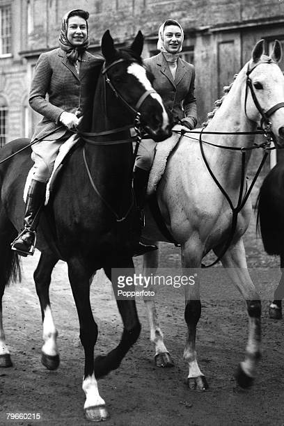 Gloucestershire England 18th April 1959 Queen Elizabeth II and Princess Margaret set out for a ride on their horses from Badminton House This is the...