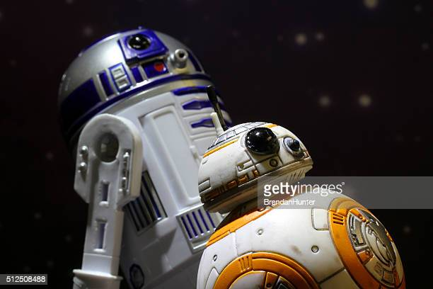 glow of heroism - bb 8 stock pictures, royalty-free photos & images