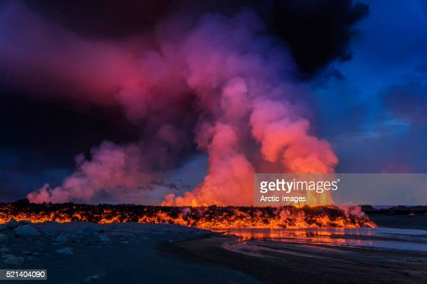 glowing lava, eruption at the holuhraun fissure, bardarbunga volcano, iceland. - volcanic activity stock pictures, royalty-free photos & images