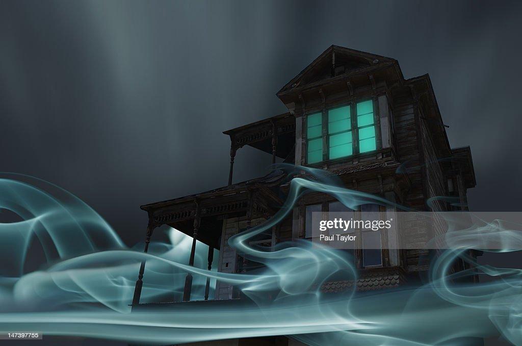 Glowing Vapor Surrounding House : Bildbanksbilder