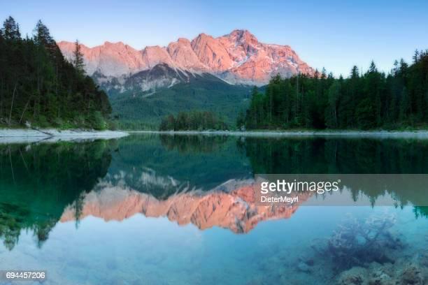 Glühende Zugspitze und Eibsee-Garmisch-Partenkirchen, Bayern