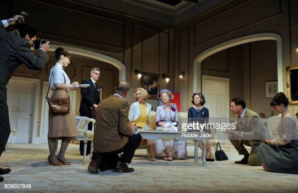 Glynis Barber as Alice Russell Maureen Lipman as Mrs Gamadge and Emma CampbellJames as Catherine with artists of the company in Gore Vidal's The Best...