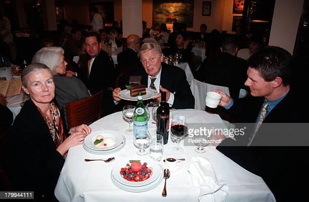 Günter Pfitzmann Ehefrau Lilo Sohn DrRobert Pfitzmann New York USA UrlaubStadtbummel Schokoladentorte nachTruthahnEssen ErntedankfestThanksGiving Day...