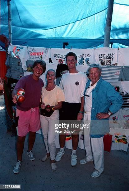 Günter Pfitzmann seine Ehefrau Lilo unddie Söhne Andreas und Robert Domikanischen Republik / Karibik 1997CongaRassel