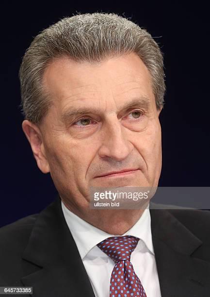 Günther Oettinger in der ZDFTalkshow 'Maybrit_Illner' am in BerlinThema der Sendung Aufstand in Athen Scheitert Merkel scheitert der Euro