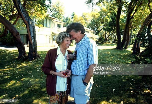 Günther Schramm mit Ehefrau Gudrun;Thielemann, Homestory, Vancouver;Island/Kanada, Garten, Urlaub,