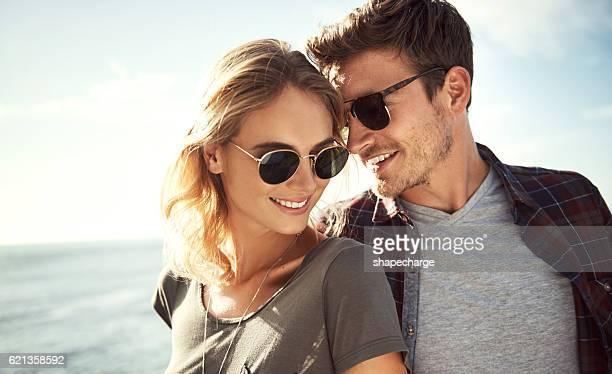 vai dove i tuoi sogni ti - occhiali da sole foto e immagini stock