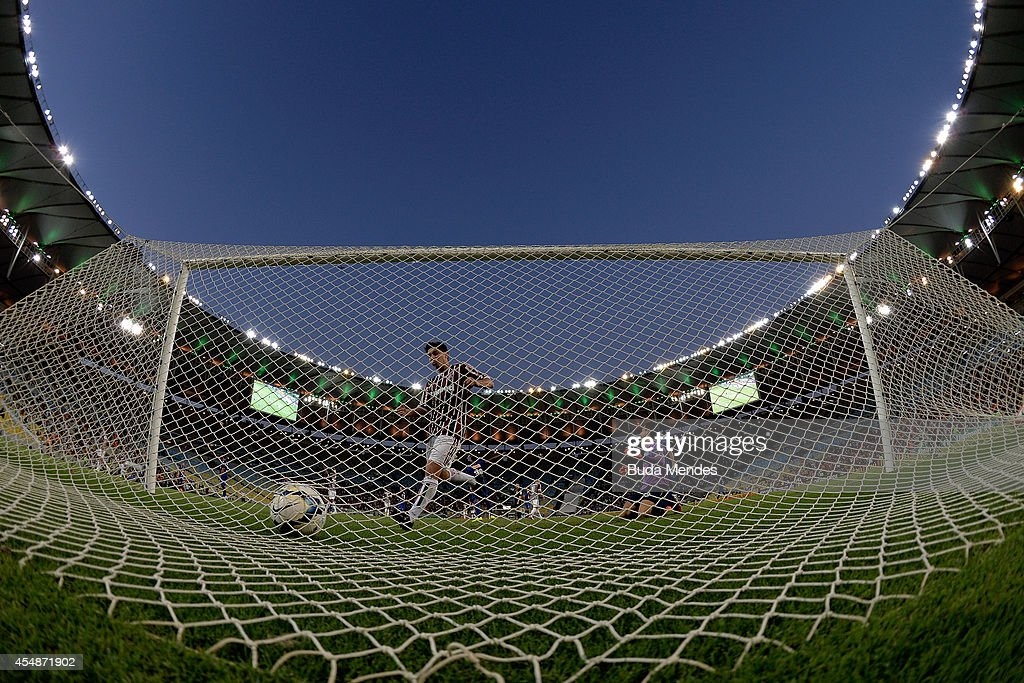 Goal by Kenedy of Fluminense during a match between Fluminense and Cruzeiro as part of Brasileirao Series A 2014 at Maracana Stadium on September 07, 2014 in Rio de Janeiro, Brazil.