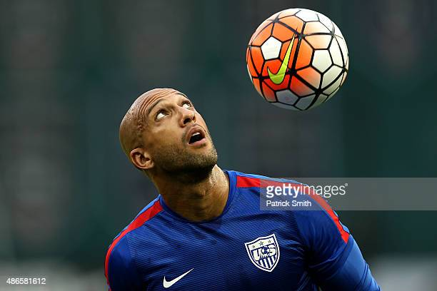 Goal keeper Tim Howard of the United States warms up before playing Peru during an international friendly at RFK Stadium on September 4 2015 in...