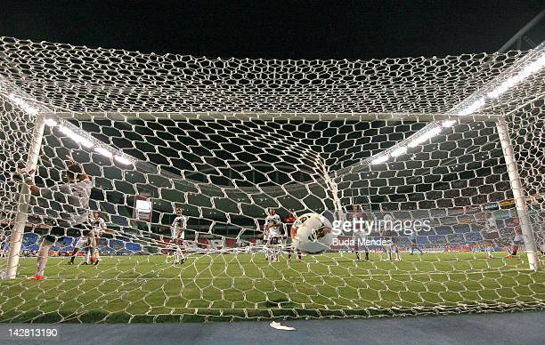 Goal of Wellington of Flamengo aganist Lanus during a match between Flamengo and Lanus as part of the Copa Libertadores 2012 at Joao Havelange...