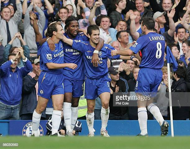 Goal scorer Joe Cole of Chelsea celebrates with team mates Arjen Robben Didier Drogba and Frank Lampard during the FA Barclays Premiership match...