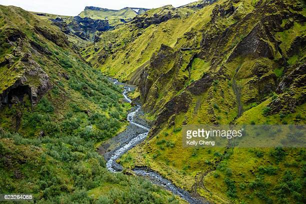 "goðaland, the ""land of gods"" - fimmvorduhals volcano stockfoto's en -beelden"