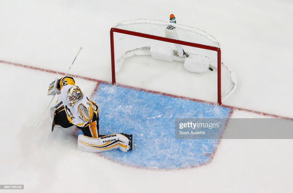 Goalie Antti Niemi #31 of the Pittsburgh Penguins gives up a goal against the Tampa Bay Lightning during the second period at Amalie Arena on October 12, 2017 in Tampa, Florida.