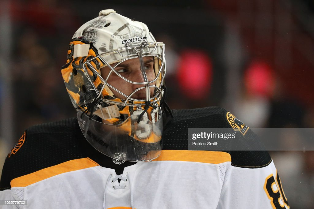 Boston Bruins v Washington Capitals : News Photo