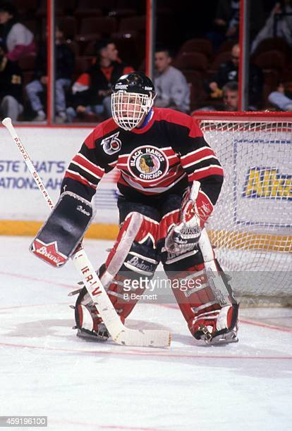 Goalie Dominik Hasek of the Chicago Blackhawks defends the net during an NHL game against the Philadelphia Flyers circa 1992 at the Spectrum in...