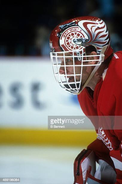 Goalie Dominik Hasek of the Detroit Red Wings defends the net during an NHL game against the Colorado Avalanche on March 23, 2002 at the Pepsi Center...