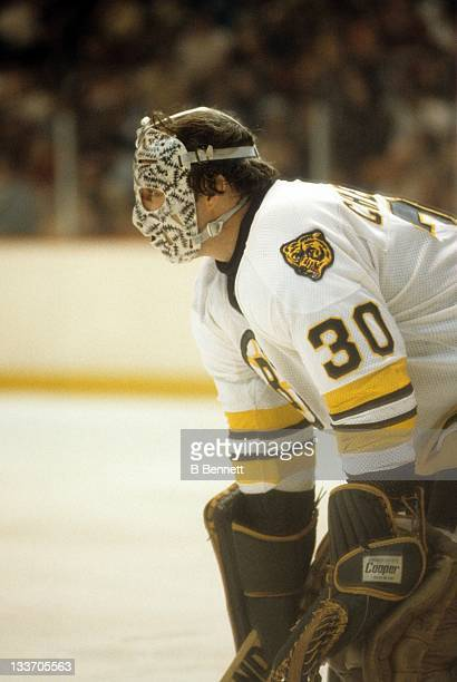 Goalie Gerry Cheevers of the Boston Bruins defends the net during an NHL game circa 1978 at the Boston Garden in Boston Massachusetts