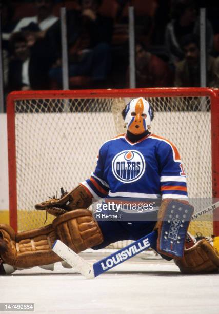 Goalie Grant Fuhr of the Edmonton Oilers defends the net during an NHL game against the New York Islanders on November 14 1981 at the Nassau Coliseum...
