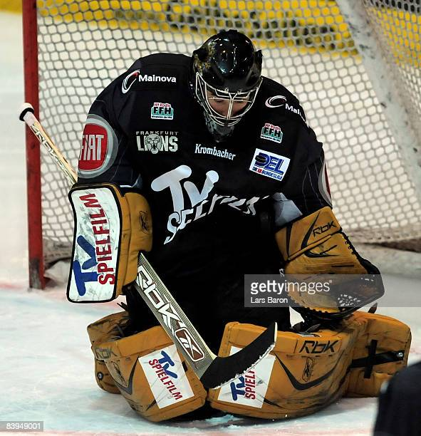 Goalie Ian Gordon of Frankfurt in action during the DEL match between Frankfurt Lions and Straubing Tigers at the Eissporthalle on December 5 2008 in...