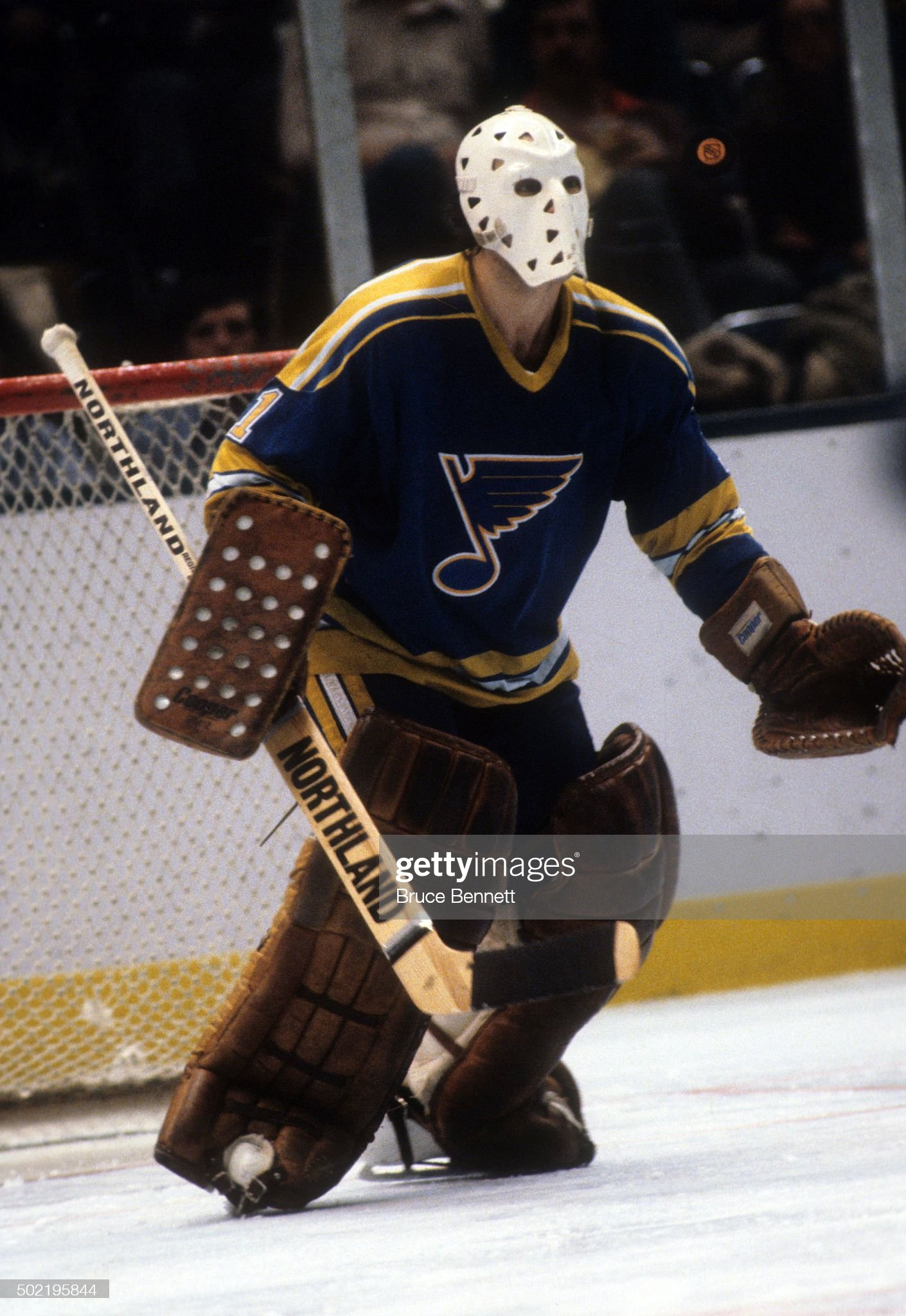 goalie-mike-liut-of-the-st-louis-blues-l